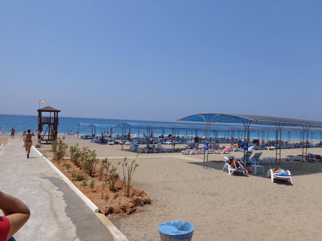 Cenger Beach Hotel