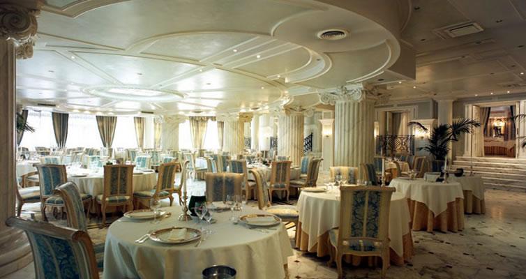 Grand hotel des bains 5 riccione italia oferta cazare for Grand hotel des bain