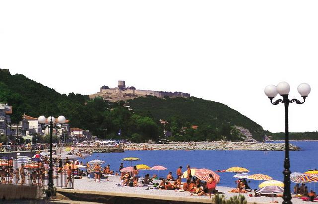 Nei Pori Riviera Olimpului Grecia