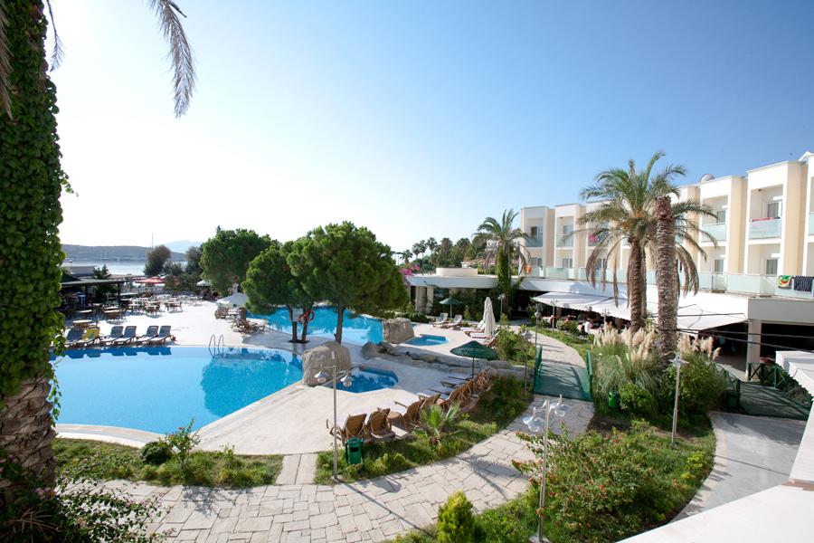 Bodrum Hotel Royal Palm Beach 1 Jpg